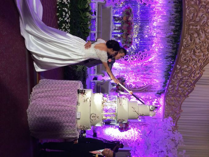 THE WEDDING OF KEN AND MUTI by JS Wedding Planner Organizer and Entertainment - 022