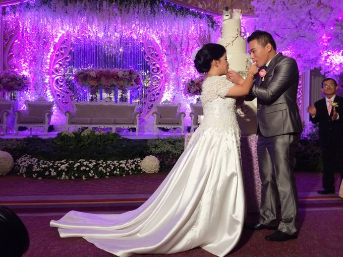 THE WEDDING OF KEN AND MUTI by JS Wedding Planner Organizer and Entertainment - 023
