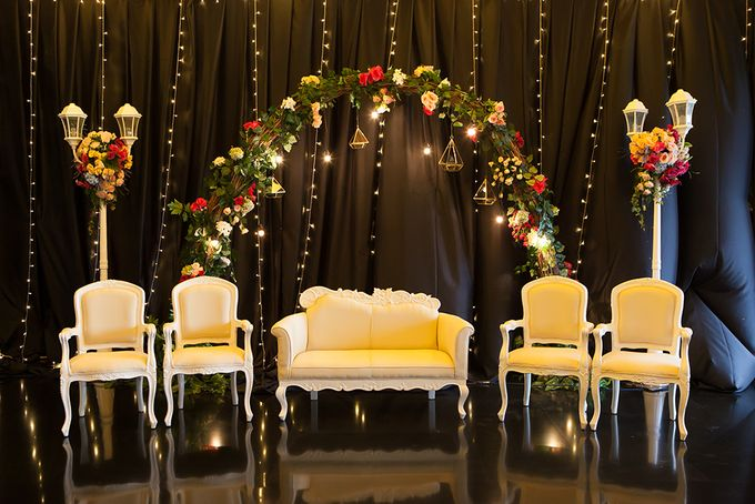 The Wedding of ANdri & Ivonne by The Swan Decoration - 013