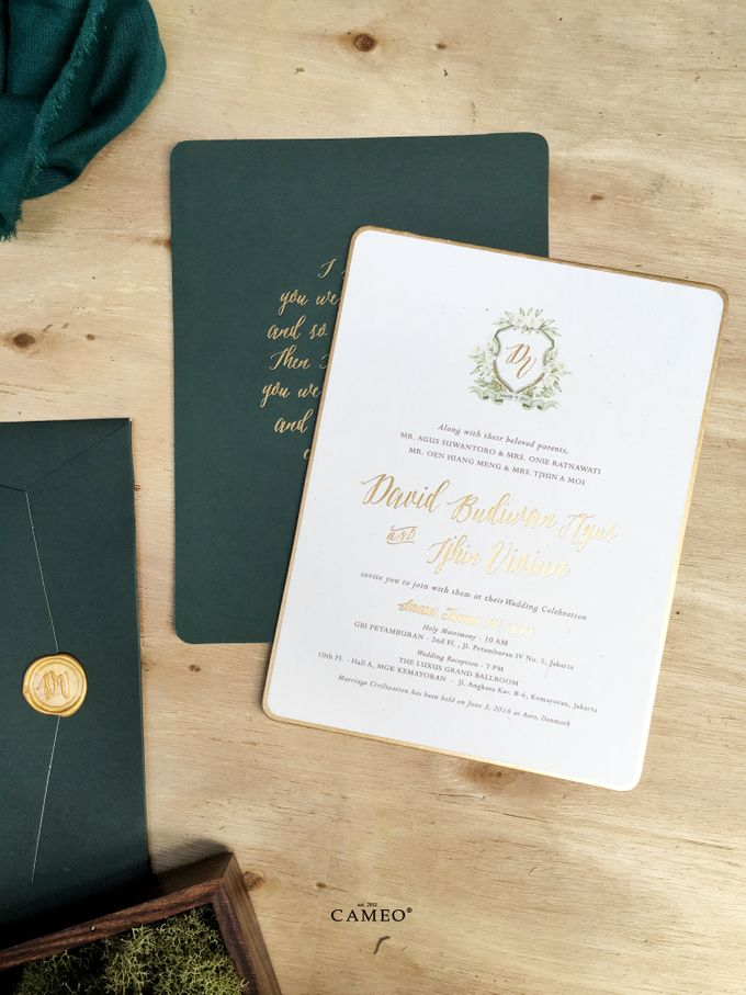 Green Peacock Invitation by Cameo - 001