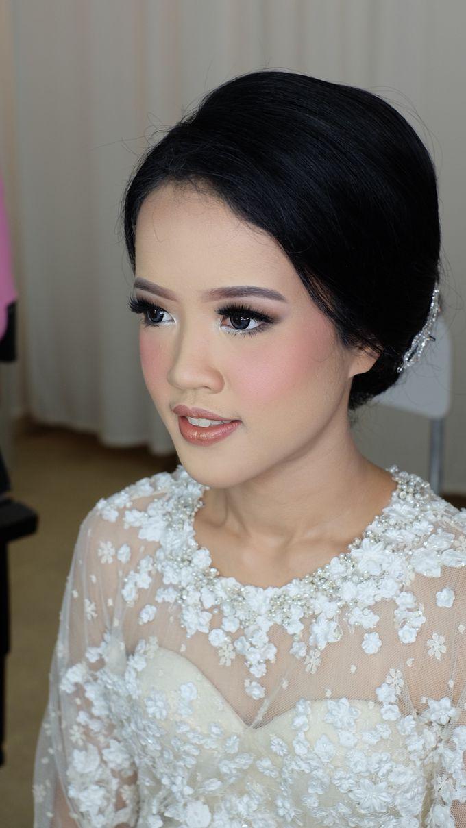 Makeup Artist by mitha hamid - 001