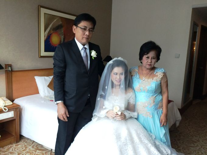 The Wedding Of Hendri and Lita by JS Wedding Planner Organizer and Entertainment - 009