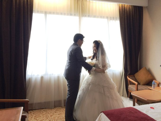 The Wedding Of Hendri and Lita by JS Wedding Planner Organizer and Entertainment - 019