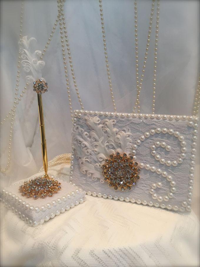 wedding accessories by iWedding World - 010