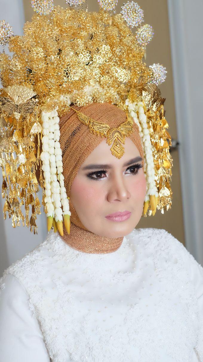 Makeup Artist by mitha hamid - 004