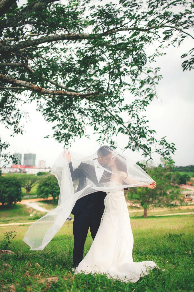 Pre Wedding Photography by The Wedding Barn Gallery - 003