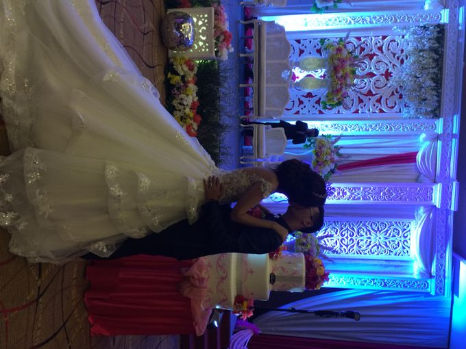 THE WEDDING OF ANDY AND MEGA by JS Wedding Planner Organizer and Entertainment - 033