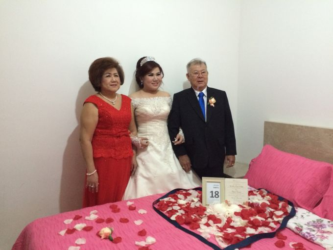 THE WEDDING OF YONATHAN AND RIYANI by JS Wedding Planner Organizer and Entertainment - 009