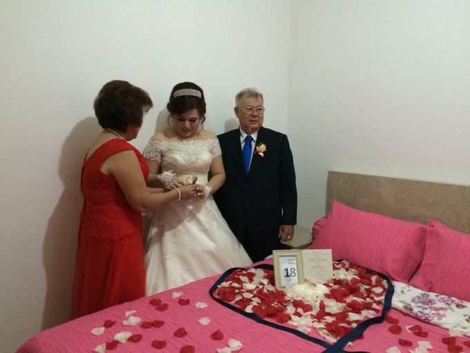THE WEDDING OF YONATHAN AND RIYANI by JS Wedding Planner Organizer and Entertainment - 010