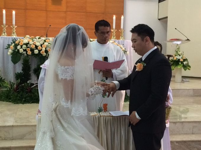 THE WEDDING OF YONATHAN AND RIYANI by JS Wedding Planner Organizer and Entertainment - 025