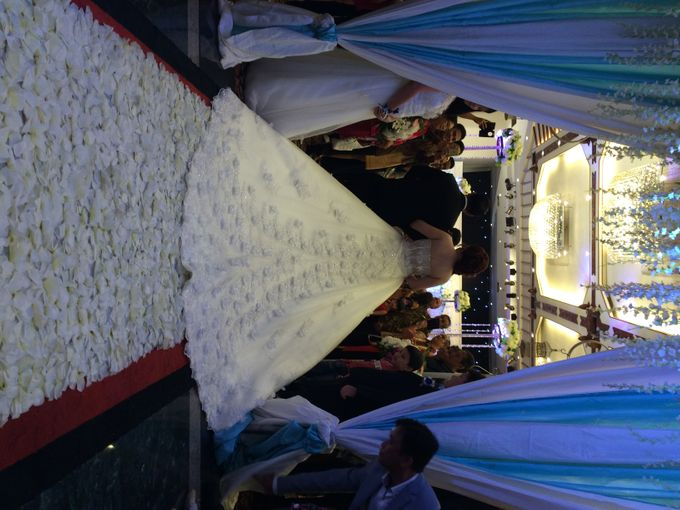 THE WEDDING OF YONATHAN AND RIYANI by JS Wedding Planner Organizer and Entertainment - 034