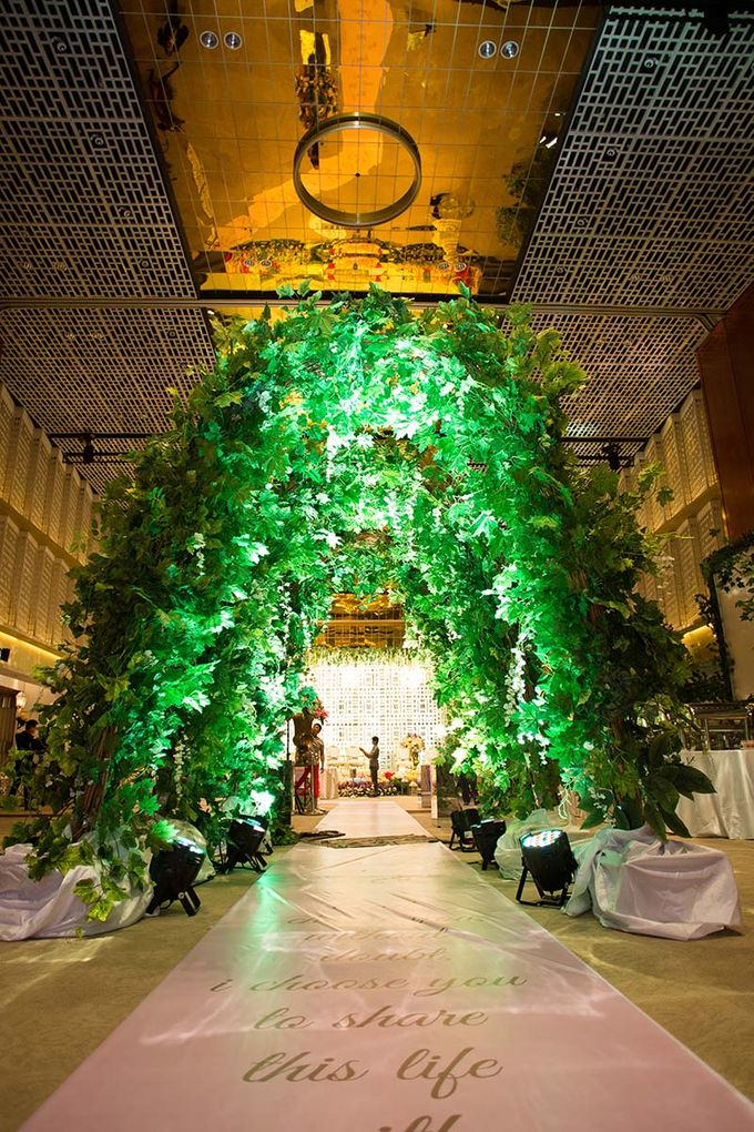 The Wedding of Davin & Yunisa by The Swan Decoration - 010