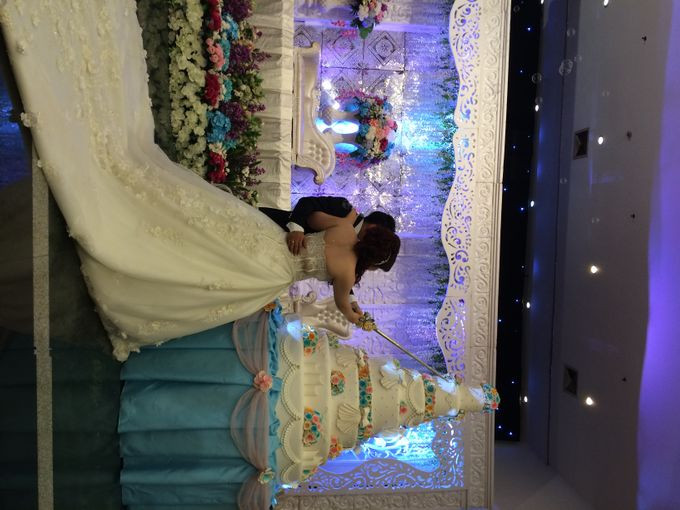 THE WEDDING OF YONATHAN AND RIYANI by JS Wedding Planner Organizer and Entertainment - 039