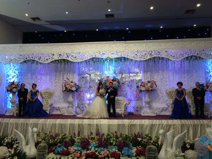 THE WEDDING OF YONATHAN AND RIYANI by JS Wedding Planner Organizer and Entertainment - 047