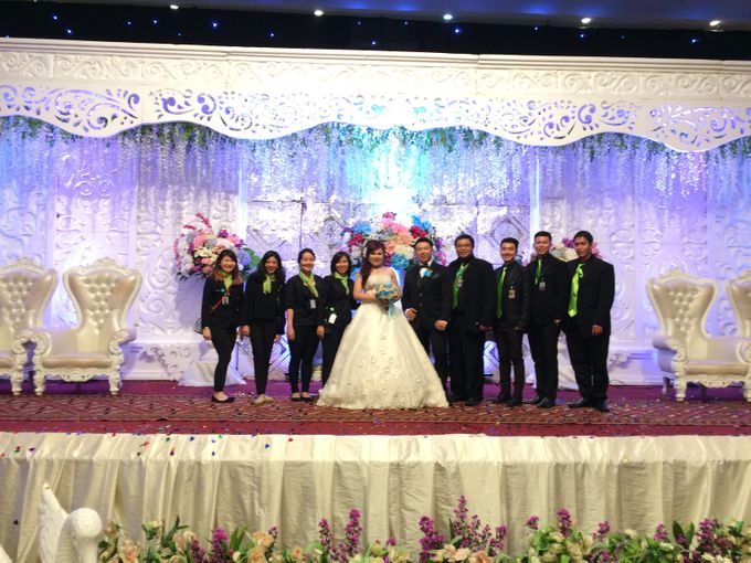 THE WEDDING OF YONATHAN AND RIYANI by JS Wedding Planner Organizer and Entertainment - 049