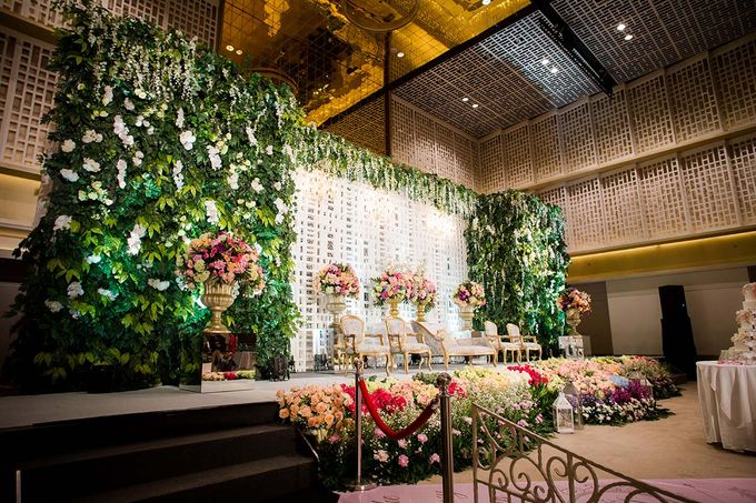 The Wedding of Davin & Yunisa by The Swan Decoration - 014