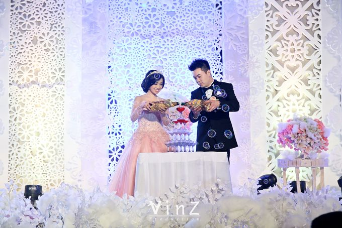 Engagement Sindra & Rendy by Yenny Lee Bridal Couture - 008