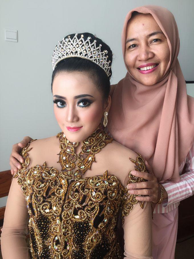 Tambahkan ke board salon ratu bridal by salon ratu samarinda 012