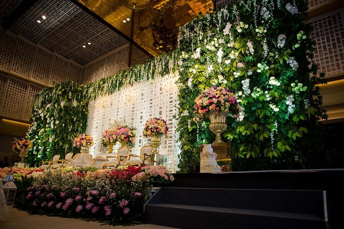 The Wedding of Davin & Yunisa by The Swan Decoration - 015