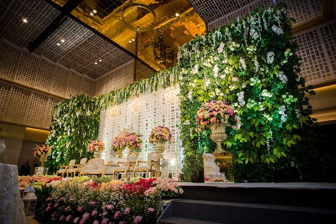 The Wedding of Davin & Yunisa by The Swan Decoration - 016