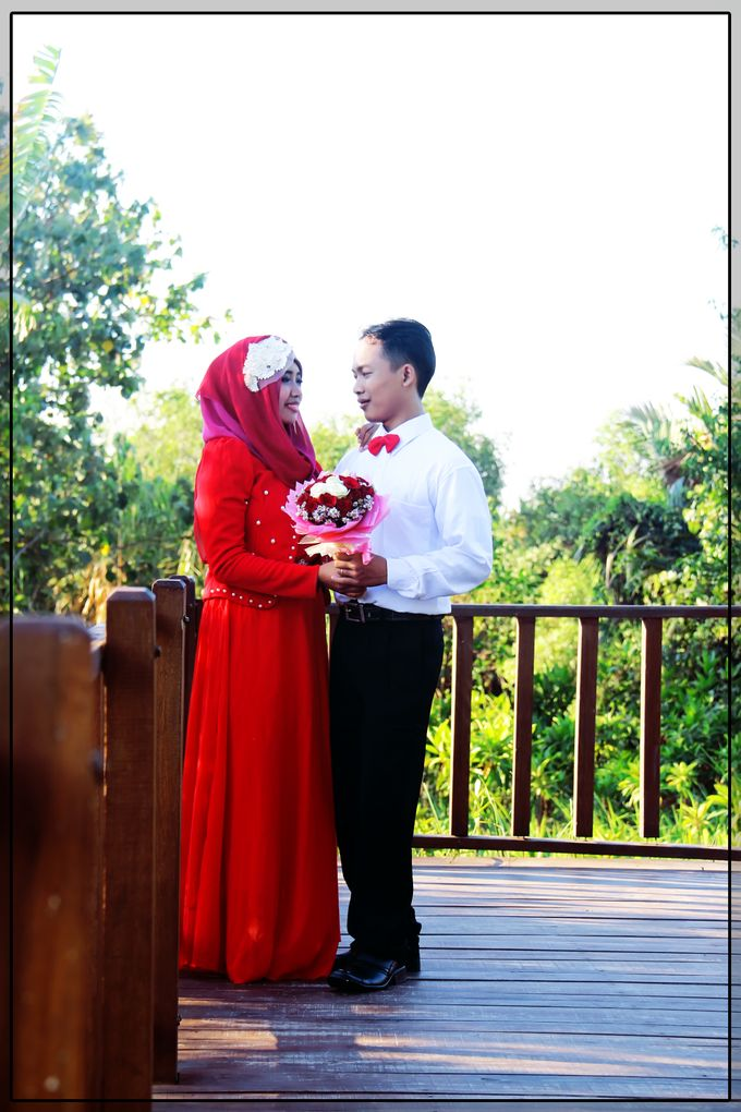 After Wedding Fika and agung by semut abang photograph - 002