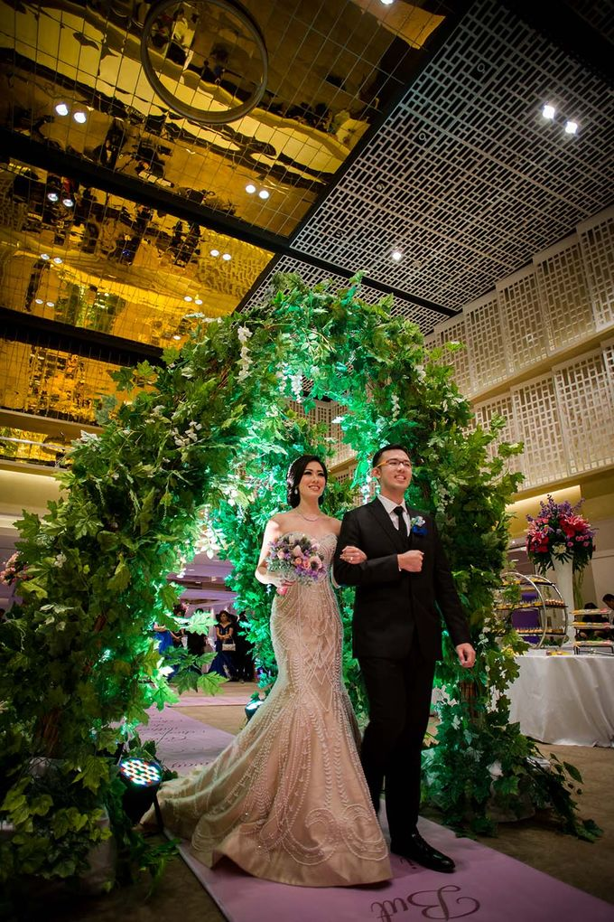 The Wedding of Davin & Yunisa by The Swan Decoration - 018