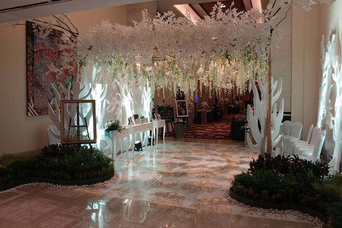 Wedding of Icha & Yudhi by The Trans Resort Bali - 010
