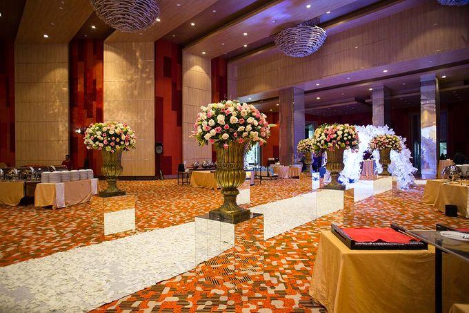 The Wedding of Albert & Sylvia Grand mercure Kemayoran by The Swan Decoration - 004
