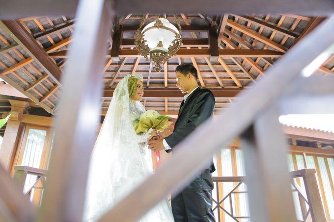Adit Prewedding by enGUSTAR - 003