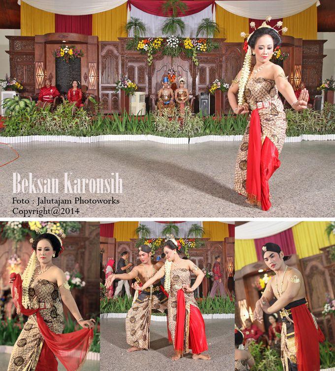 Pernikahan Adat Jawa by Jalutajam Photoworks - 022