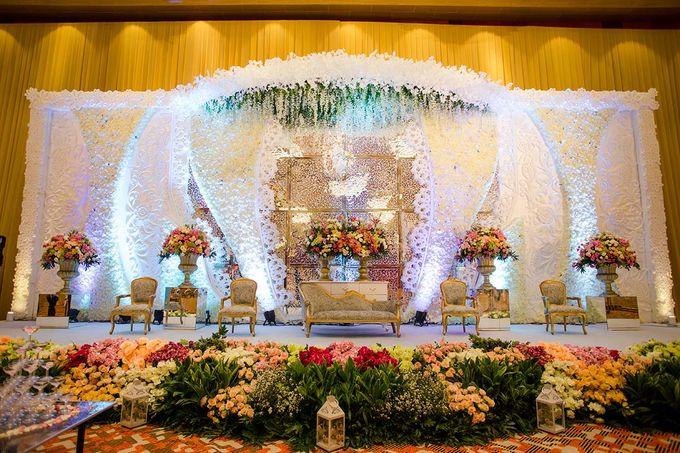 The Wedding of Albert & Sylvia Grand mercure Kemayoran by The Swan Decoration - 006