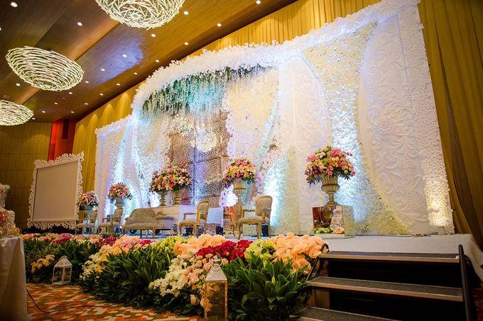 The Wedding of Albert & Sylvia Grand mercure Kemayoran by The Swan Decoration - 007