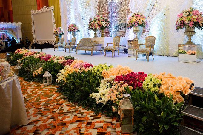 The Wedding of Albert & Sylvia Grand mercure Kemayoran by The Swan Decoration - 008
