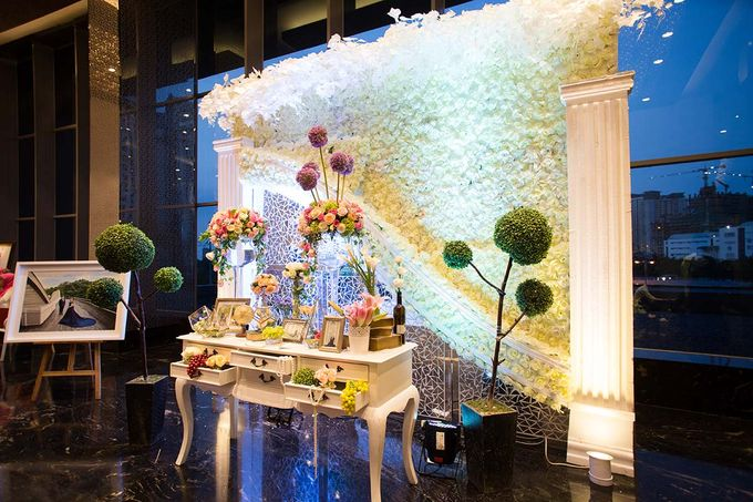The Wedding of Albert & Sylvia Grand mercure Kemayoran by The Swan Decoration - 013
