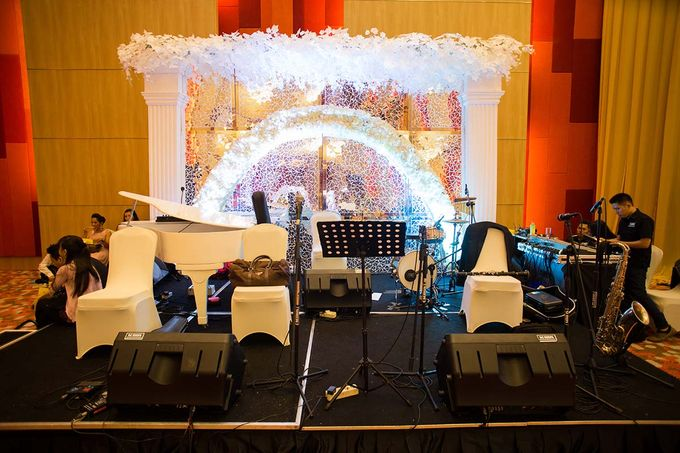 The Wedding of Albert & Sylvia Grand mercure Kemayoran by The Swan Decoration - 018