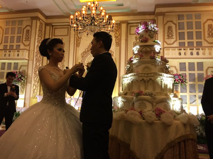 THE WEDDING OF RIDWAN AND EVELYN by JS Wedding Planner Organizer and Entertainment - 028