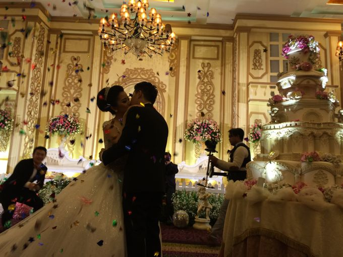 THE WEDDING OF RIDWAN AND EVELYN by JS Wedding Planner Organizer and Entertainment - 030