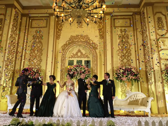 THE WEDDING OF RIDWAN AND EVELYN by JS Wedding Planner Organizer and Entertainment - 035