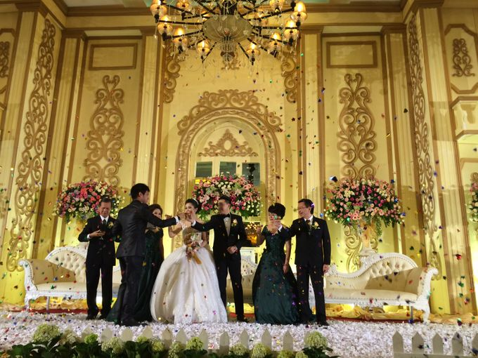 THE WEDDING OF RIDWAN AND EVELYN by JS Wedding Planner Organizer and Entertainment - 037