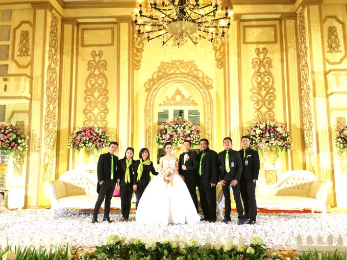 THE WEDDING OF RIDWAN AND EVELYN by JS Wedding Planner Organizer and Entertainment - 041