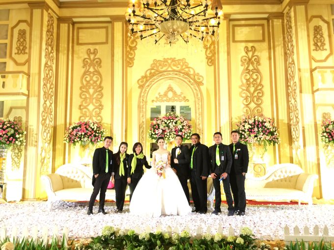 THE WEDDING OF RIDWAN AND EVELYN by JS Wedding Planner Organizer and Entertainment - 042