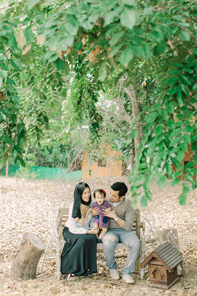 Family Portrait Session by bymuhammadzamir - 001