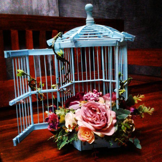 Wedding ring box by Hana Seserahan - 001
