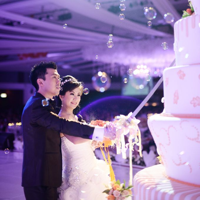 The Wedding of Hendri and Liza by C+ Productions - 013
