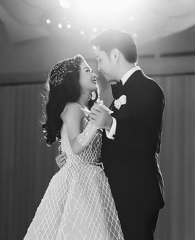 Wedding and prewedding photoshoot of Anaz Siantar and Goldwyn by Hian Tjen - 001