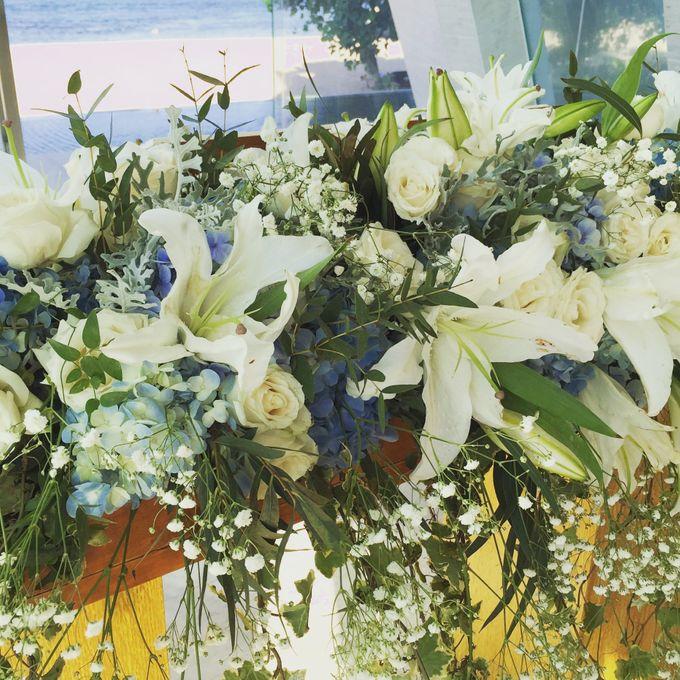 White & Blue Conrad Bali by Catalina Flora - 006