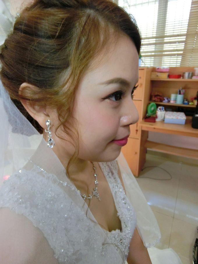 Bride Actual Day by Suz Make Up & Hairdo - 013