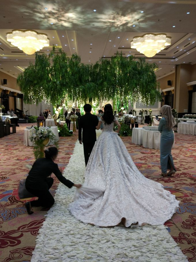 Wedding of Steven & Renata at Grand Slipi Tower on July 22nd 2017 by Sparkling Organizer - 022