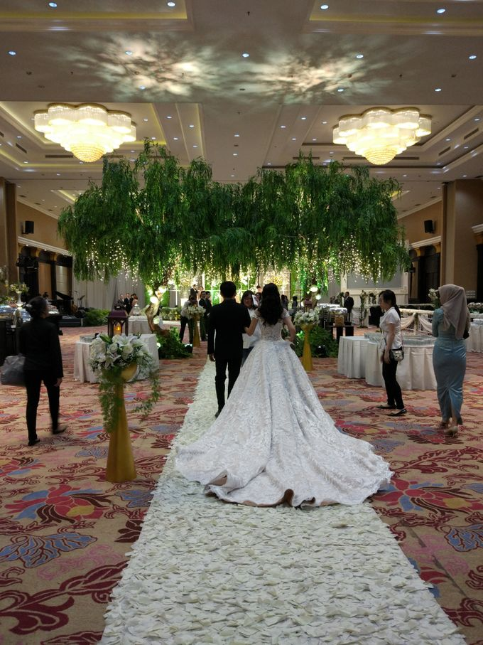 Wedding of Steven & Renata at Grand Slipi Tower on July 22nd 2017 by Sparkling Organizer - 023