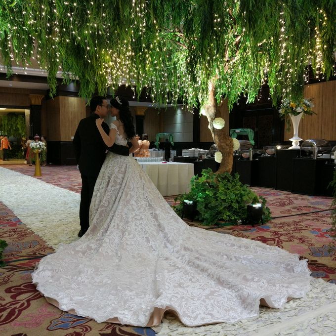 Wedding of Steven & Renata at Grand Slipi Tower on July 22nd 2017 by Sparkling Organizer - 025